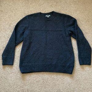 Gander mountain navy blue sweater